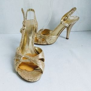 Nine West Maytimer Metallic Gold Sandals Size 6.5